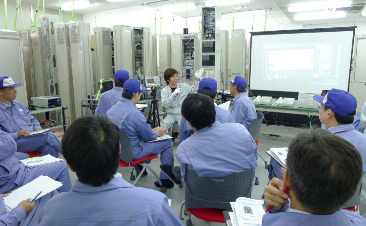 製品品質について「メンテナンスセミナーの開催」|電車無線や遠隔制御機器を作るなら大阪の大日電子にお任せください。